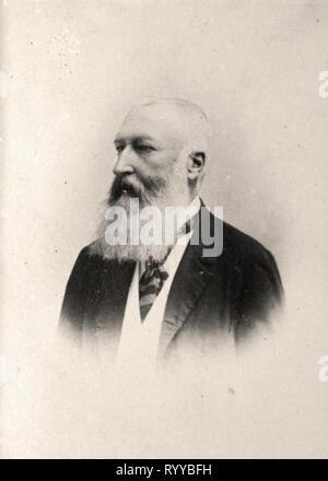 Retrato fotográfico de Lopold Ii Roi des Belges desde la colección Félix Potin, de principios del siglo XX. Imagen De Stock