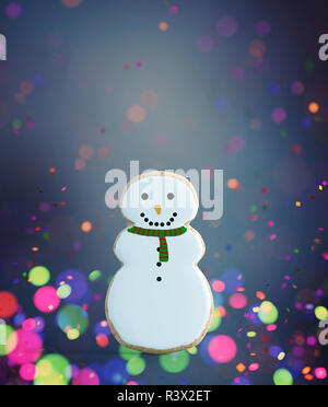 Fancy snowman decorado sobre fondo de colores,3D rendering Imagen De Stock