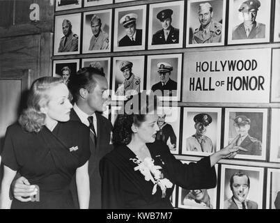 Muro de Honor en la cantina de Hollywood por soldados durante la II Guerra Mundial. Marlene Dietrich, Bob Hope, Imagen De Stock