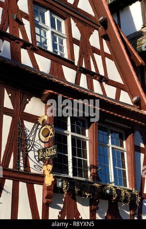 Francia, Bas Rhin, Estrasburgo, casco antiguo catalogado como Patrimonio Mundial por la UNESCO, el Barrio de la Petite France, Rue du bain aux plantes Imagen De Stock