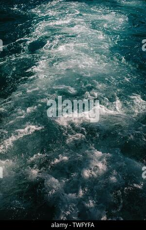 Close-up de batido de agua de mar, Croacia Imagen De Stock
