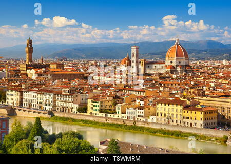 Paisaje urbano vista de Florencia desde la Piazzale Michelangelo, Toscana, Italia Imagen De Stock
