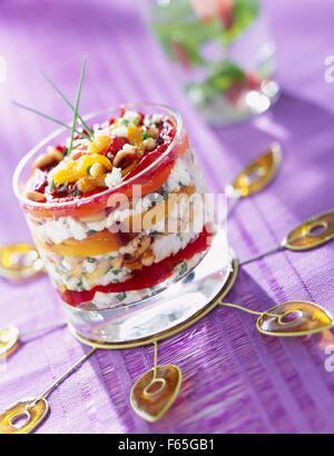 Pimienta y queso de cabra layer (tema: Abrir, sandwiches y ensaladas) Imagen De Stock