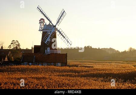 Molino cley, cley-junto al mar, en el norte de Norfolk, Inglaterra Imagen De Stock