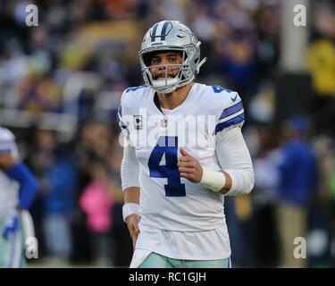 Los Angeles, CA, EE.UU. 12 ene, 2019. Dallas Cowboys quarterback Dak Prescott (4) antes de la NFL Playoffs divisionales juego entre Dallas Cowboys vs Los Angeles Rams en el Los Angeles Memorial Coliseum en Los Angeles, CA el 12 de enero de 2019. Foto de crédito: Moore Jevone csm/Alamy Live News Imagen De Stock