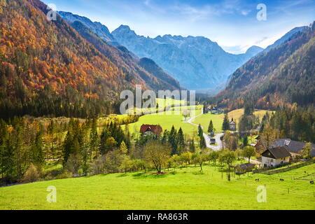 Valle de Logar, Alpes eslovenos, Eslovenia Imagen De Stock