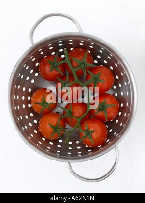 Colador de tomate. Imagen De Stock