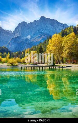 Jasna Lago, Alpes Julianos, Eslovenia Imagen De Stock