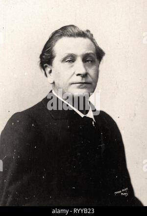 Retrato fotográfico de Coppe desde la colección Félix Potin, de principios del siglo XX. Imagen De Stock