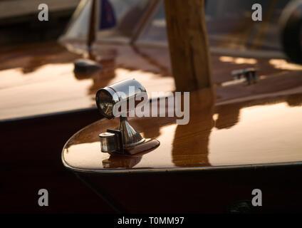 Lámpara de una lancha rápida, la región del Veneto, Venecia, Italia Imagen De Stock