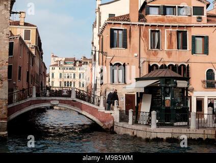 Puente en el Campo de San Pantalon, Dorsoduro, Venecia Imagen De Stock