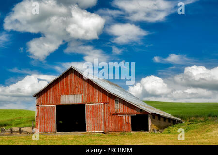 Red Barn en palouse, Washington Imagen De Stock