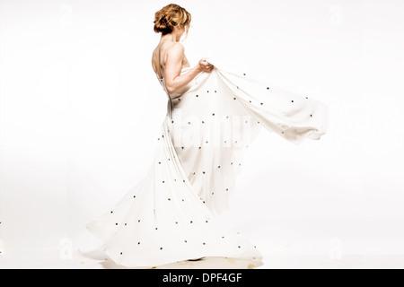 Modelo en el vestido de noche Imagen De Stock