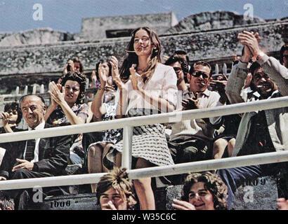Amigos 1971 Lewis Gilbert Productions con Anicée Alvina Imagen De Stock
