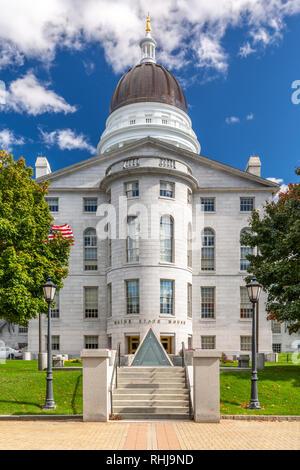 Casa del Estado de Maine, en Augusta, en un día soleado. Imagen De Stock