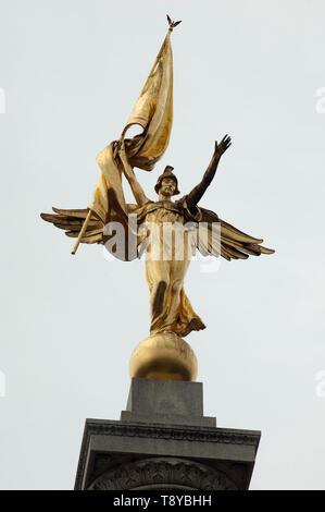 Victoria estatua encima de la I Guerra Mundial Memorial, Washington, DC. Fotografía Digital. Imagen De Stock