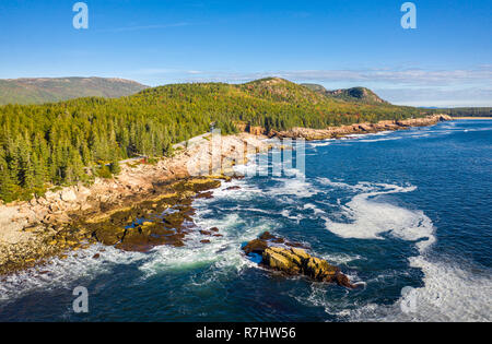 Vista aérea de la costa de Acadia en Maine Imagen De Stock