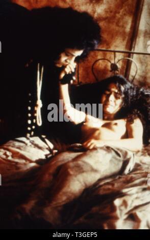 Erendira Año : 1983 México / Francia Director: Ruy Guerra Irene Papas, Claudia Ohana Imagen De Stock