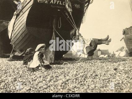 El columpio, foto, Paul Martin. Inglaterra, c.1896 Imagen De Stock