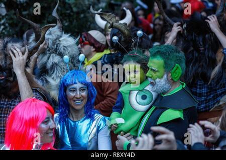 España, Aragón, Huesca, Sobrarbe, Bielsa, escena de vida durante las celebraciones del carnaval Imagen De Stock