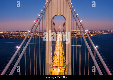 Vista aérea de Verrazzano Narrows Bridge Imagen De Stock
