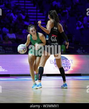 Michelle Magee (IRL) en acción durante la vitalidad Netball World Cup 2019 a M&S Bank Arena Liverpool Reino Unido.Nueva Zelandia beat Irlanda: 77-28 Imagen De Stock