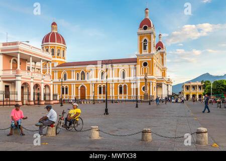 La Catedral de Granada, Nicaragua, Centroamérica Imagen De Stock