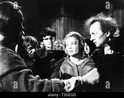 Les Sorcieres de Salem Año: 1957 - Francia Jean Gaven, Simone Signoret Director: Raymond Rouleau, Hans Klering Imagen De Stock