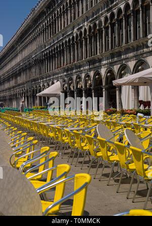 Café en st. Mark's Square, la región del Veneto, Venecia, Italia Imagen De Stock