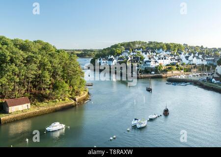 Francia, Morbihan, Bono, el puerto de Bono y el río Auray al amanecer. Imagen De Stock