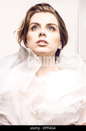 Retrato de mujer joven Imagen De Stock