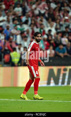 El 15 de enero de 2019, el estadio Mohammed bin Zayed, Abu Dhabi, Emiratos Árabes Unidos; AFC Copa Asiática de Fútbol, Palestina frente a Jordania; Mohammed Saleh de Palestina Imagen De Stock
