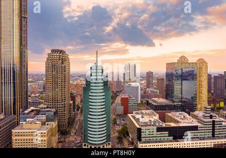 Vista aérea de la ciudad de Jersey skyline al atardecer Imagen De Stock