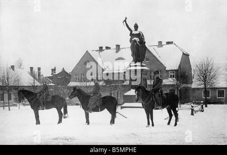 9 1916 0 0 A7 3 de tropas rusas en Stalluponen 1916 Guerra Mundial 1 tropas rusas ocupan parte de Prusia Oriental Imagen De Stock
