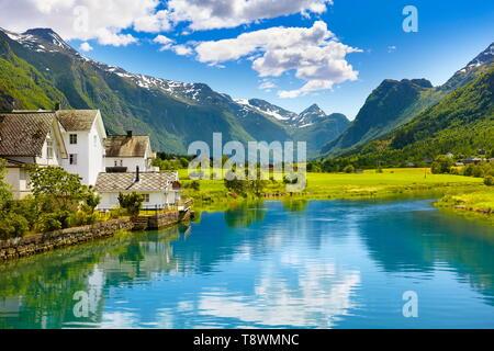 El paisaje del valle de Oldedalen, Noruega Imagen De Stock