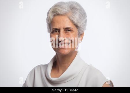 Retrato de mujer mayor confianza Imagen De Stock