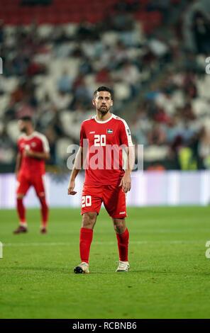 Enero 15, 2019 : Nazmi Albadawi de Palestina en Palestina v Jordania en el estadio Mohammed Bin Zayed, en Abu Dhabi, Emiratos Árabes Unidos, AFC Copa Asiática, campeonato de fútbol asiático. Ulrik Pedersen/CSM. Imagen De Stock