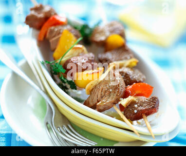 Brochetas de carne de res Imagen De Stock