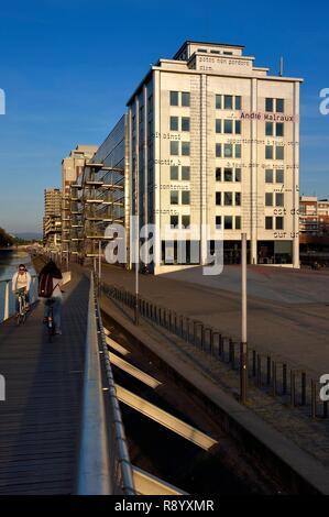 Francia, Bas Rhin, Estrasburgo, desarrollo de port du Rhin (puerto del Rin) y conversión del rompeolas de Bassin d'Austerlitz, la mediateca André Malraux André Malraux (Biblioteca multimedia) Imagen De Stock