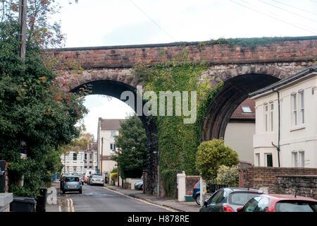 Viaducto Ferroviario en Los Arcos, Cotham, Bristol Imagen De Stock