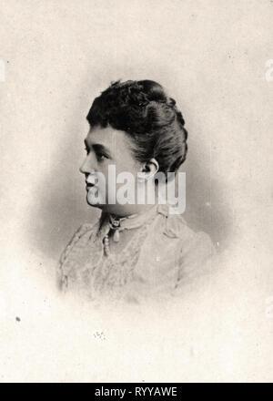 Retrato fotográfico de Adelaida Grande Duchesse de Luxemburgo desde la colección Félix Potin, de principios del siglo XX. Imagen De Stock