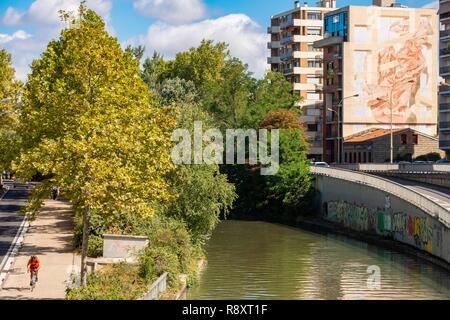 Francia, Haute Garonne, Toulouse, Canal du Midi alrededor del Puerto Saint Sauveur, clasificado Patrimonio Mundial por la UNESCO Imagen De Stock