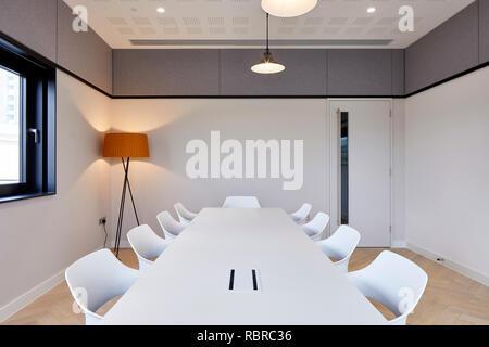 Sala de reuniones. 8 Bloomsbury, Londres, Reino Unido. Arquitecto: Buckley gris Yeoman, 2017. Imagen De Stock