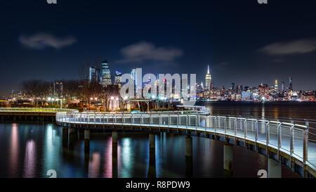 El muelle C park en Hoboken, Nueva Jersey Imagen De Stock