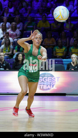 Michelle Drayne (IRL) en acción durante la vitalidad Netball World Cup 2019 a M&S Bank Arena Liverpool Reino Unido.Nueva Zelandia beat Irlanda: 77-28 Imagen De Stock