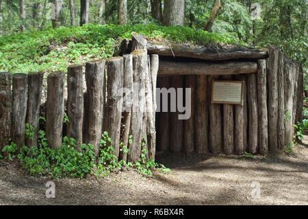 Sweat Lodge Cherokee, Cherokee Qualla Reserva, Carolina del Norte. Fotografía Digital. Imagen De Stock