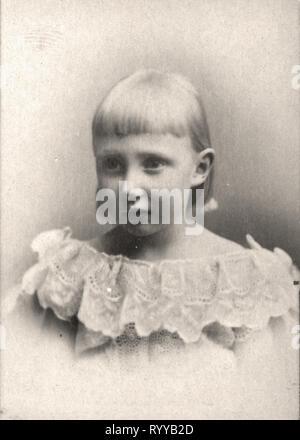 Retrato fotográfico de Dagmar Princesse de Danemark Colección de Félix Potin, de principios del siglo XX. Imagen De Stock