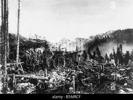 9 1917 10 0 A1 4 e posición en batería Austr Afagio 1917 Guerra Mundial 1 18 1914 ataque de socorro G Imagen De Stock