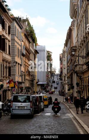 Una vista a lo largo de Via Sistina, Roma Imagen De Stock