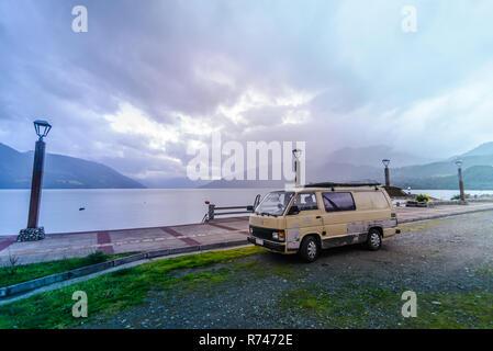 Autocaravana por mar, Chile Imagen De Stock